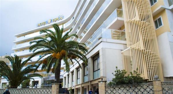 Hotel Esplai 3*